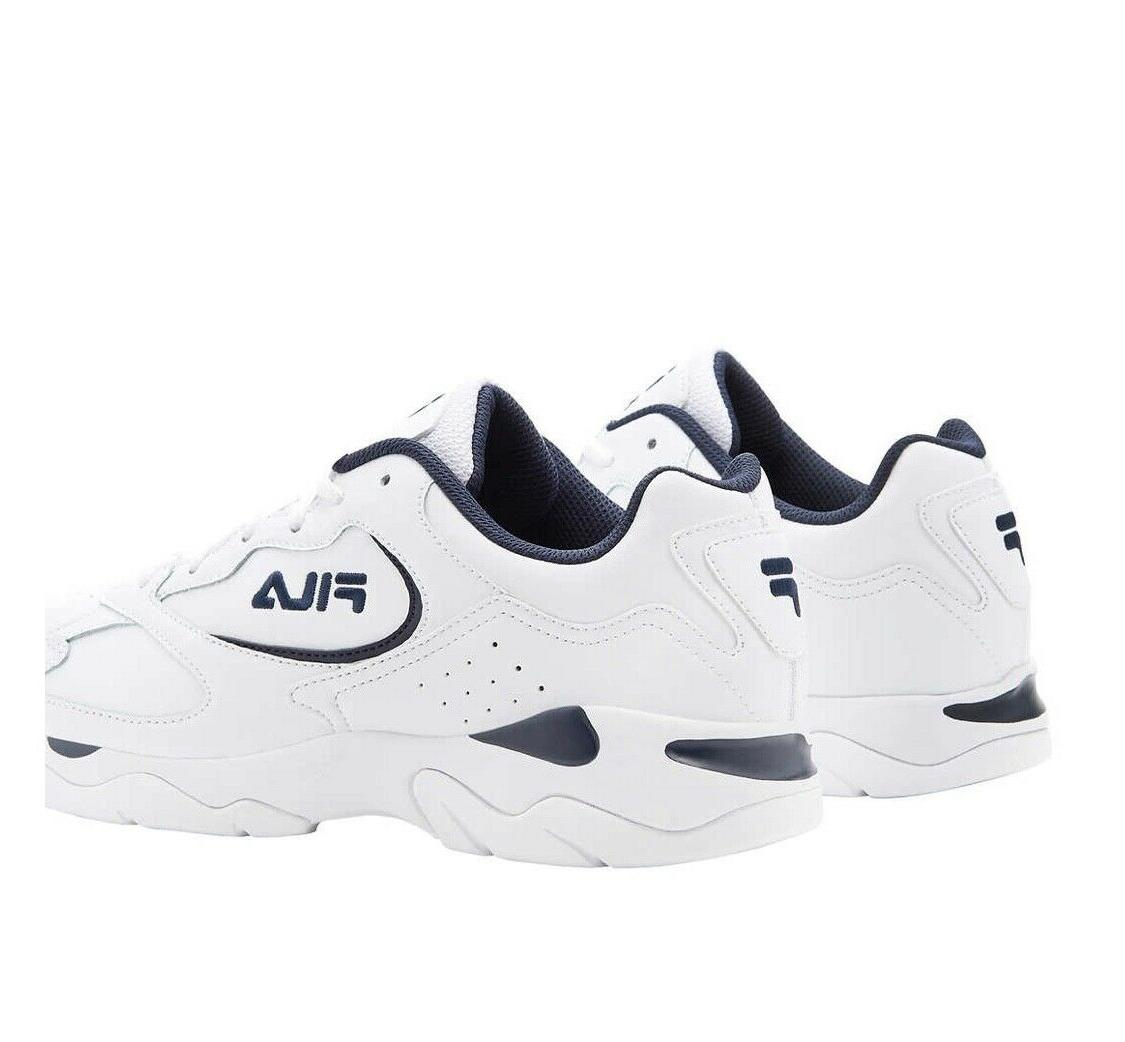 NEW IN BOX Fila Men's Classic Leather Gym Size